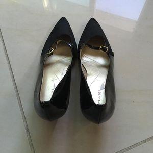 Tahari Melanie Patent/Suade Buckle Strap Heels 9